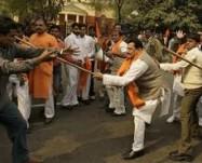 """INDIA: Madhya Pradesh: """"incoraggiati"""" dal governo, radicali indù perseguitano i cristiani"""