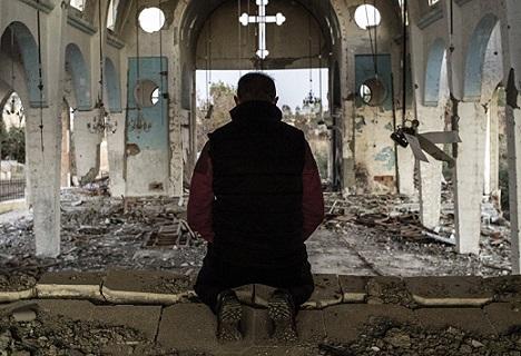 """""""Fratelli traditi"""", un libro rompe il silenzio sui cristiani perseguitati!"""