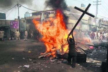 Porte Aperte documenta la violenza di genere contro i cristiani!