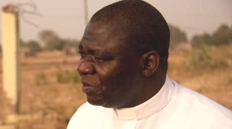 """Nigeria, appello di padre Bakeni: """"I cristiani vengono uccisi. Aiutateci""""!"""